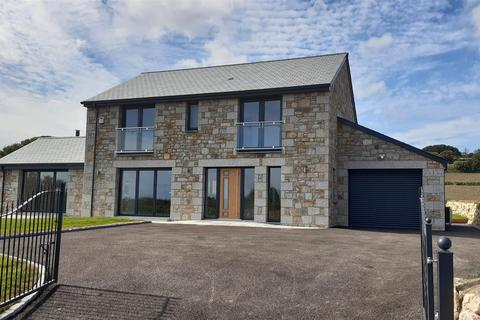 4 bedroom house for sale - Trenow, Long Rock, Penzance