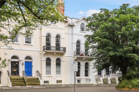 2 bedroom flat for sale - St. Georges Road, Cheltenham