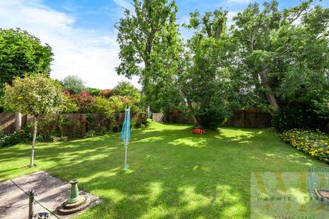 3 bedroom detached house for sale - Mill Hill, Shoreham-By-Sea