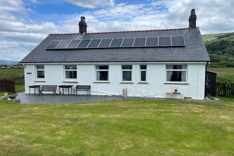 4 bedroom bungalow for sale - Penrhyn Drive South, Fairbourne, Gwynedd, LL38
