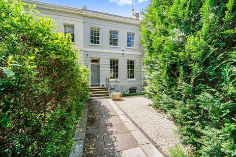 4 bedroom terraced house for sale - London Road, Cheltenham, Gloucestershire, GL52