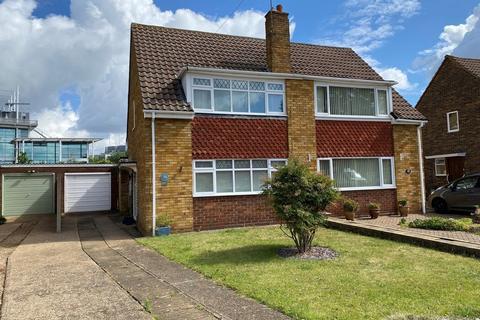 3 bedroom semi-detached house for sale - Chaplin Crescent, Sunbury on Thames, TW16