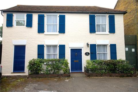 4 bedroom detached house for sale - Hale Street, Staines, Middlesex, TW18