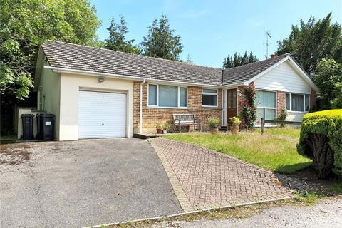 3 bedroom bungalow for sale - Heads Lane, Northbourne, Bournemouth, Dorset, BH10
