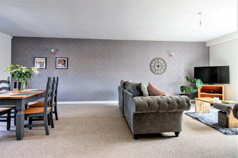3 bedroom terraced house for sale - the courtyard