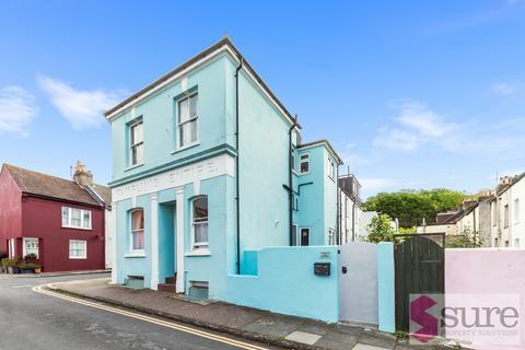 1 bedroom ground floor flat for sale - Bute Street , Brighton