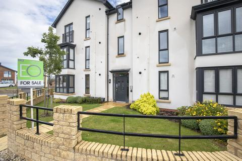 2 bedroom ground floor flat for sale - Barley Road, Cheltenham GL52 3ND