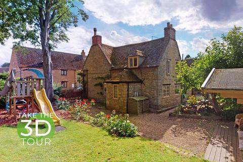 2 bedroom cottage for sale - Main Street, Greatford, Lincolnshire