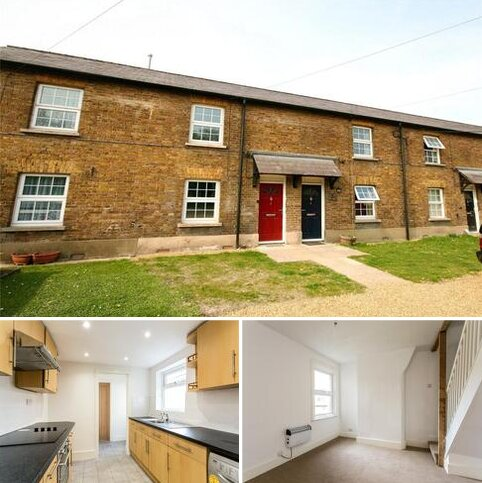 3 bedroom terraced house to rent - Soho Mill Cottages, Town Lane, Wooburn Green, High Wycombe, HP10
