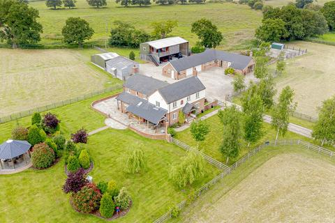 6 bedroom equestrian property for sale - Whitchurch Road, Sound, Nantwich, Cheshire, CW5