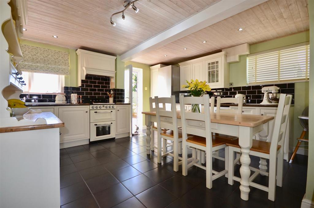 Refitted Kitchen/Dining Room
