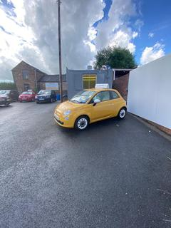 Garage to rent - Pitsford Street, Stoke-on-Trent ST3