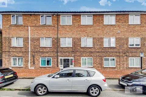 2 bedroom flat for sale - Essex Street, Forest Gate, E7