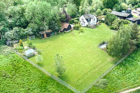 4 bedroom detached house for sale - Nathans Lane, Writtle, CM1