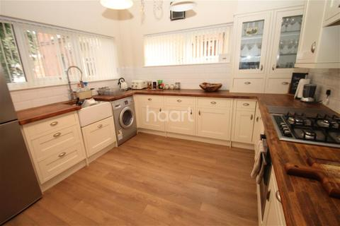 2 bedroom detached house to rent - Stoneygate Road