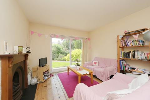 3 bedroom flat to rent - Cedars Road, Clapham SW4