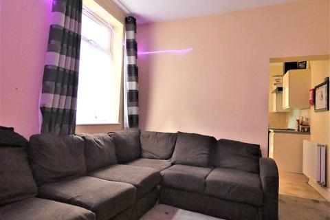 6 bedroom house share to rent - Room 4, Cauldon Road, Stoke-on-Trent, Staffordshire, ST4 2DX