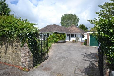 3 bedroom detached bungalow for sale - Church Road, Yapton, BN18