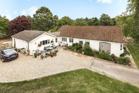 4 bedroom detached bungalow for sale - Potter Hill Road, East Collingham, NG23