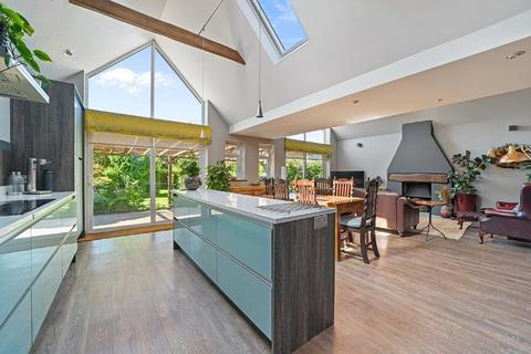 4 bedroom chalet for sale - Chelmsford - Fenn Wright Signature