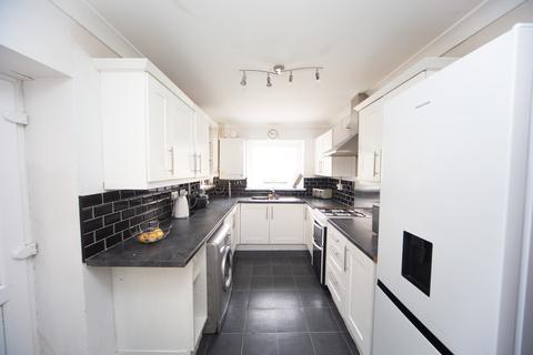 3 bedroom terraced house for sale - Llewelyn Street, Hopkinstown