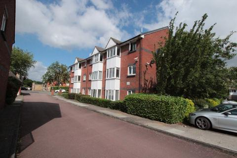 2 bedroom apartment to rent - Robson House, Red Lion Lane, Shooters Hill, London SE18