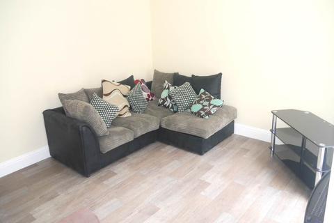 2 bedroom flat to rent - Bank Street, , Dundee