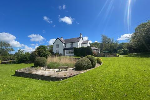 5 bedroom detached house for sale - Llangefni, Anglesey