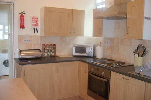4 bedroom house share to rent - Askern Road, Toll Bar, Doncaster