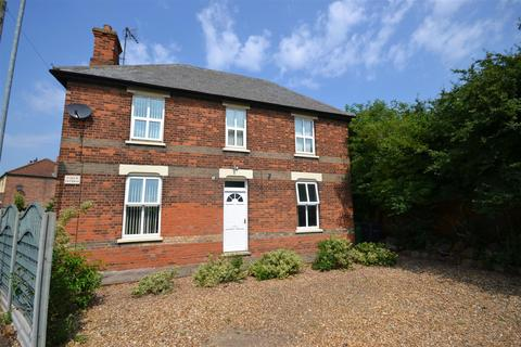 4 bedroom detached house for sale - Winfarthing Approach, King's Lynn