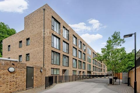 2 bedroom flat to rent - Westking Place