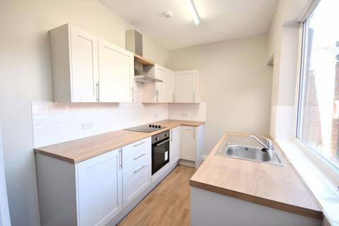 3 bedroom semi-detached house to rent - Branksome Terrace, Darlington