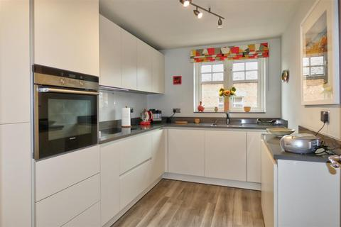2 bedroom apartment for sale - Mill Race Court, Morpeth