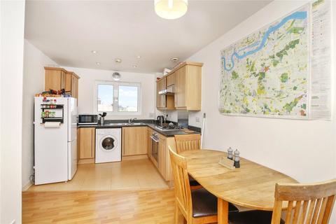 2 bedroom apartment for sale - Bramhope Lane, Charlton, SE7