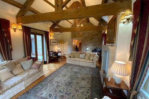 4 bedroom detached house for sale - Roe Cross Road, Mottram, Hyde, SK14 6SD