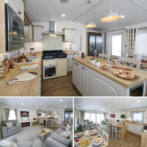 2 bedroom static caravan for sale - Castle Howard, Coneysthorpe, North Yorkshire YO60