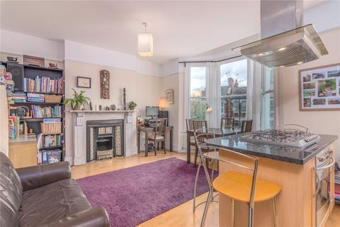 3 bedroom apartment for sale - Manor Road, London, N22