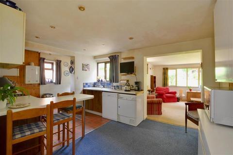 3 bedroom semi-detached house for sale - Riding Park, Hildenborough, Tonbridge, Kent
