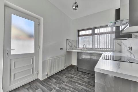 3 bedroom terraced house to rent - Ethel Avenue, Manchester, M9
