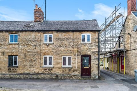 3 bedroom end of terrace house to rent - Newland,  Witney,  OX28