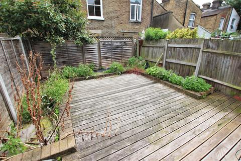 3 bedroom house to rent - Bruce Castle Road, London, N17