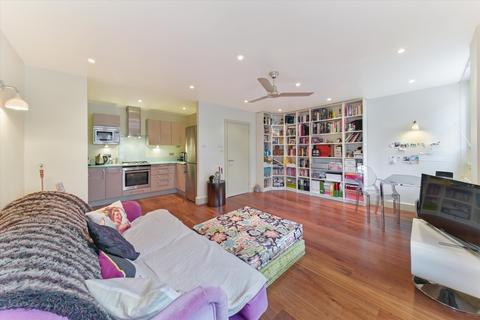 1 bedroom flat for sale - Lion Court, 12 Shand Street, London Bridge, London, SE1