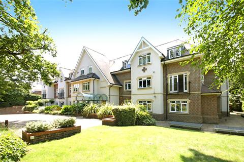 2 bedroom apartment to rent - 22-24 Station Road, Beaconsfield, HP9