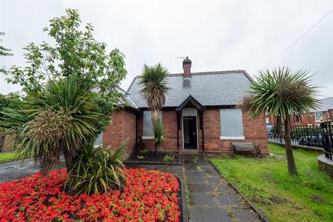 2 bedroom detached bungalow for sale - Houghton Road, Hetton-Le-Hole, Houghton Le Spring