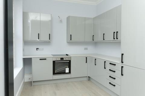 2 bedroom flat for sale - Preston Street, Faversham