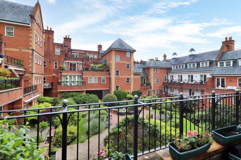 3 bedroom apartment for sale - Post Office Square, London Road, Tunbridge Wells Kent, TN1
