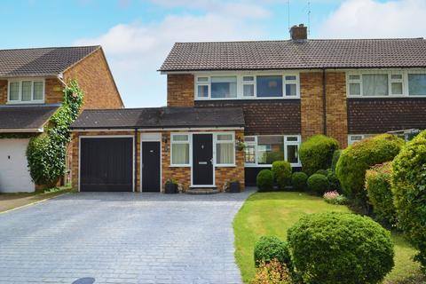 3 bedroom semi-detached house for sale - Heyford Road, Radlett