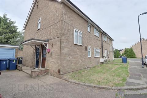 2 bedroom maisonette to rent - Brett Close, Northolt