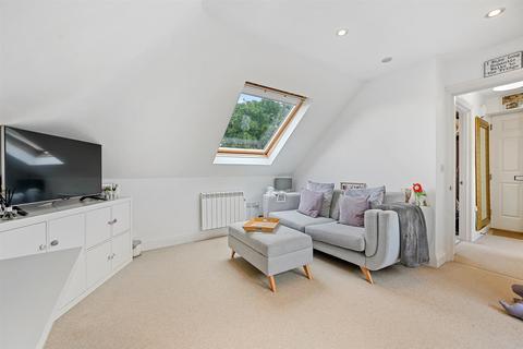 1 bedroom flat for sale - Sutton Common Road, Sutton