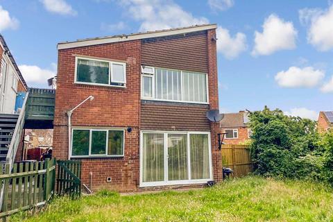 2 bedroom maisonette to rent - Hazel Road, Bell Green, Coventry, CV6 7DB